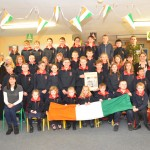Presentation of Irish Flag  8-12-15 012